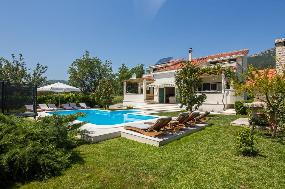 Luxury Villa Rent Croatia, Private Villa Split Dalmatia, Trogir, Kastel Stari